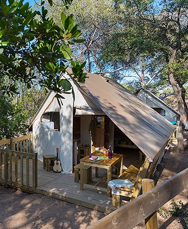 Camping Giens Capanna-Tenda FAMIGLIA